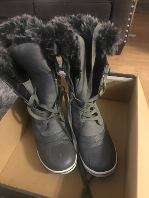Northside Snow boots for Sale in Chino, CA
