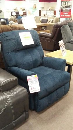 Ashley rocker recliner for Sale in Uniontown,  PA