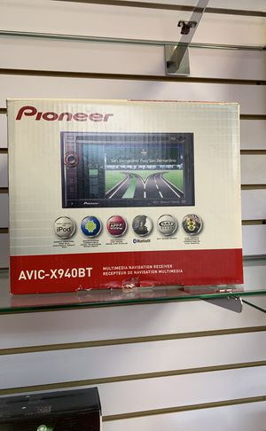 Pioneer multimedia navigation receiver with Bluetooth for Sale in Houston, TX