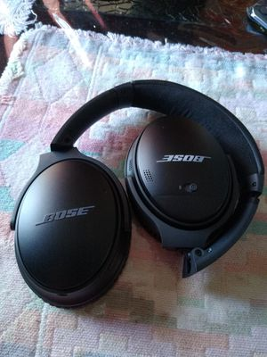 BOSE Bluetooth headphones, Noise Cancellation, wireless. for Sale in Visalia, CA