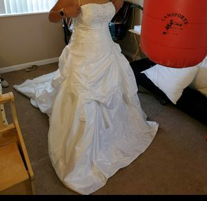 Wedding dress size 10, corset back for Sale in Aurora, CO