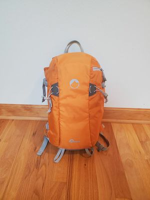 Lowepro Flip side Sport 10L AW camera backpack for Sale in Federal Way, WA