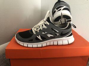 Womens Nike Free Run 2.0 Running Shoe Size 7Y for Sale in Philadelphia, PA