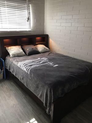 Queen Bed Wood Frame! for Sale in Phoenix, AZ