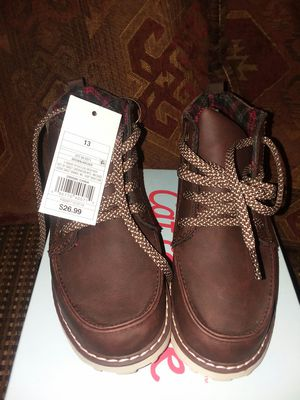 New Kids Cat and Jack boots size 1 in children for Sale in Odenton, MD