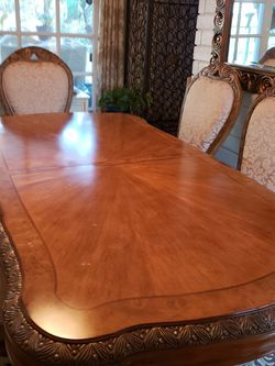 Gorgeous Italian Style Dining Room Table And Chairs for Sale in Tustin,  CA