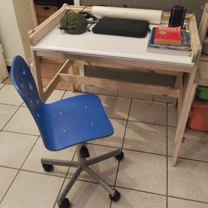 Ikea FLISAT Children's adjustable DESK & CHAIR / ESCRITORIO AJUSTABLE Y SILLA for Sale in Los Angeles, CA