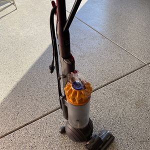 Dyson Upright Vacuum for Sale in Ontario, CA