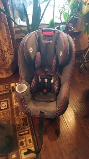 Graco car seat for Sale in Yukon, OK