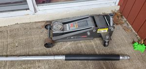 Car jack 3.5 ton & jack stand 6 ton for Sale in Alexandria, VA