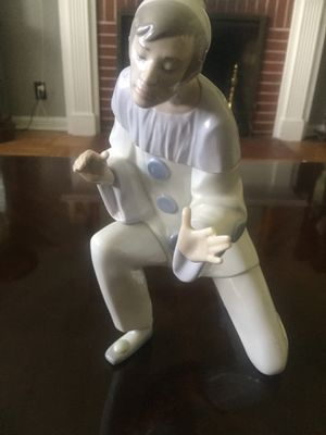 Lladro figurine limited edition for Sale in Jacksonville, FL