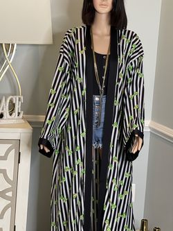 Kara Kimono for Sale in Hanover,  MD