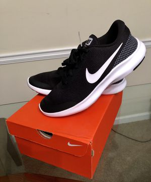 NEW. Nike Shoes | Nike Flex Experience RN 7 | Color: Black/White | Size: 9 for women's for Sale in Stone Mountain, GA