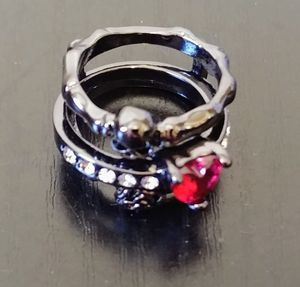Nice ring for Sale in Glendale, AZ