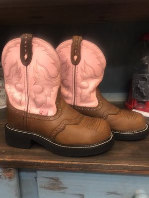 Girls size 6.5 Justin boots for Sale in Conroe, TX