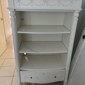 White Bookshelf for Sale in Miami, FL