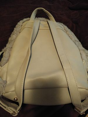 Fluffy purse backpack for Sale in Fresno, CA