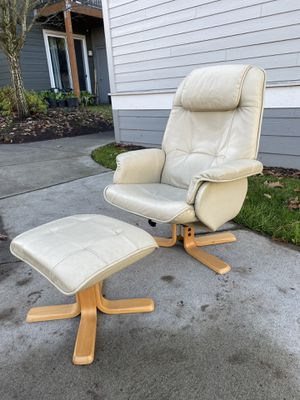 Danish mid century swivel chair for Sale in Aurora, OR