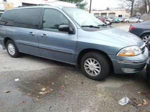 2000 Ford Windstar Minivan 90 k miles 4 doors all power Captain Chair for Sale in Manassas, VA