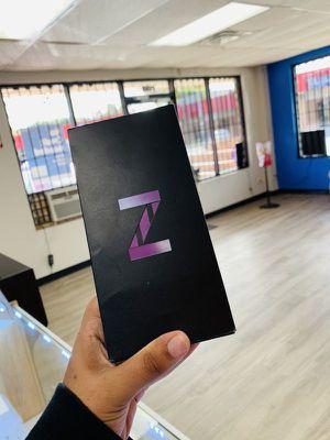 Samsung galaxy Z Flip factory unlocked AD for Sale in Dallas, TX