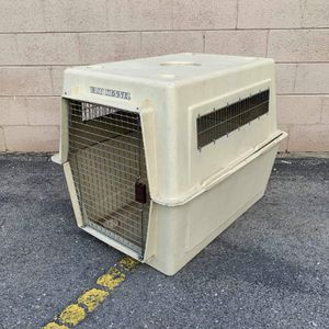 Extra large dog kennel in good condition for Sale in Boise, ID