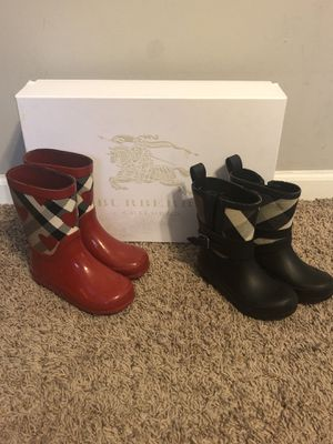 Kids Burberry Boots for Sale in Chicago, IL