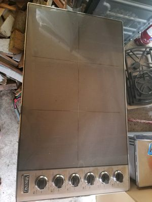 Viking 36in induction cooktop for Sale in Kent, WA