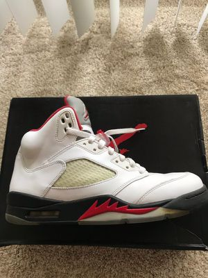 Air Jordan retro 5 fire red for Sale in Plano, TX