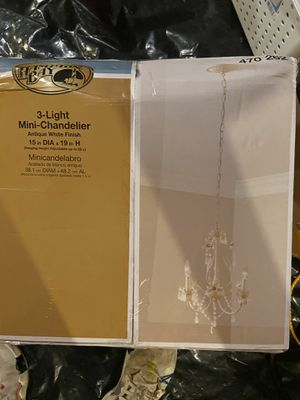 Hampton bay 3 light mini chandelier for Sale in Reynoldsburg, OH