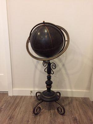 Globe stand decor for Sale in Seattle, WA