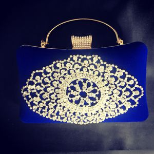 New Fashion Exquisite Rhinestone Banquet Bag Velvet Hard Shell Evening Bag Luxur for Sale in Fort Lauderdale, FL