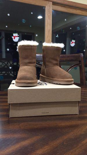 Toddler Girl UGG Boots for Sale in Fruitport, MI