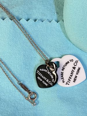 Authentic Tiffany & Co Black and White Heart Necklace for Sale in Naperville, IL