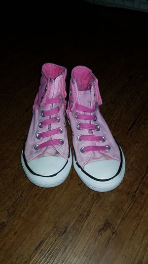 Size 11 little girls converse for Sale in TX, US