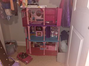 Barbie dream house and dolls for Sale in Franklin, TN
