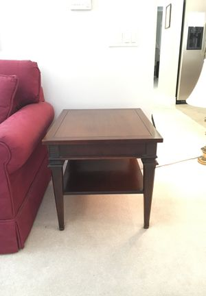 Side sofa table for Sale in Fresno, CA