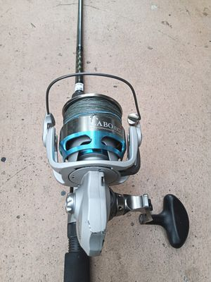 Mint Cabo with ocean master rod for Sale in Pembroke Pines, FL