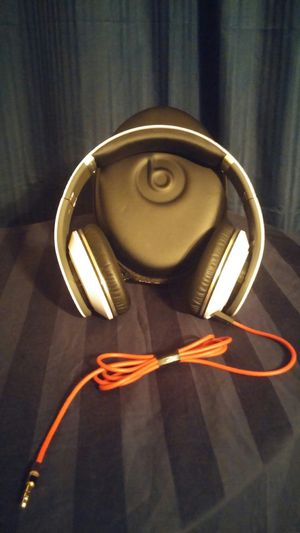 (WIRED) Studio beats by Dr. Dre for Sale in Tempe, AZ