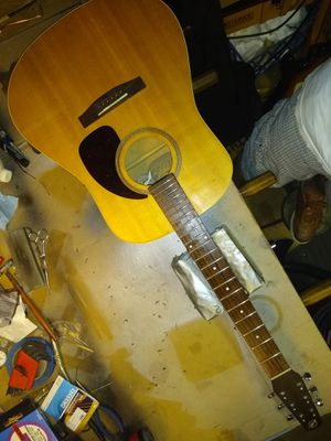 Seagull S6 acoustic guitar with designer gig bag for Sale in Spring, TX