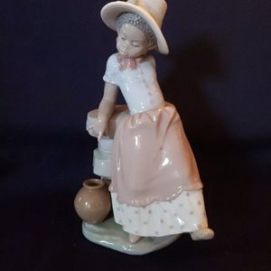 "*Lladro 5158 ""A Step In Time"" Black Legacy Collection 9"" Figurine for Sale in Fort Lauderdale, FL"