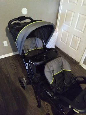 Baby trend sit and stand double stroller for Sale in Fort Worth, TX