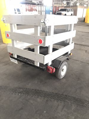 4ft by 4ft small utility trailer. for Sale in Bellflower, CA