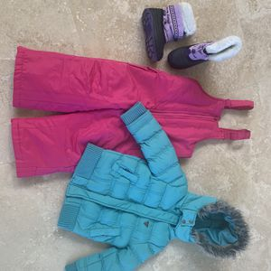 Winter Gear Little Girl Size 3/4, Snow Boots Size 9 for Sale in West Palm Beach, FL
