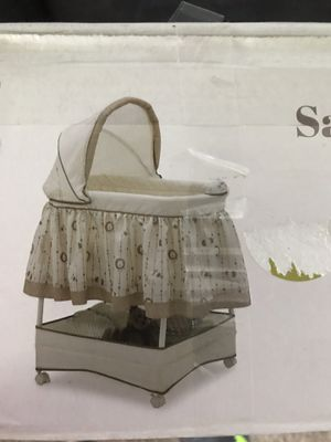 Baby crib for Sale in Marysville, WA