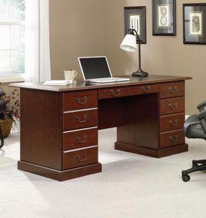 """Executive Desk (64.75""""W x 30""""D x 30.13""""H) cherry for Sale in Dallas, TX"""