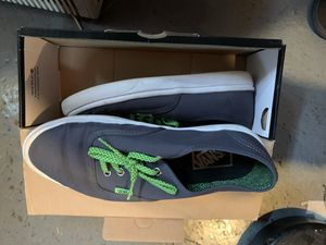 Vans men's size 8.5 for Sale in Eastpointe, MI