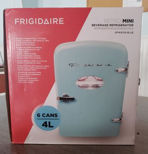 Frigidaire Retro Mini Refrigerator - Blue for Sale in Clearwater, FL