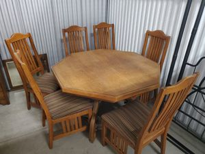 Antique Solid Oak Table & Chairs for Sale in Tustin, CA