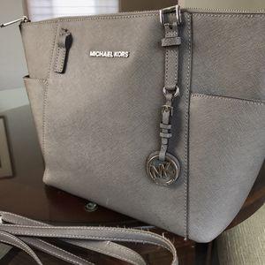 Broken Michael Kors Bag for Sale in Canonsburg, PA