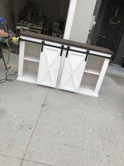 Farmhouse furniture for Sale in Riverview,  FL